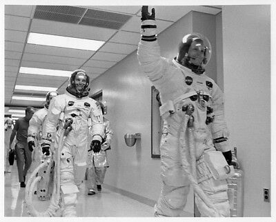 APOLLO 11 / Orig NASA 8x10 Press Photo - Astronauts Head for Launch Pad