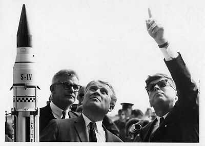 JFK / Orig NASA 5x7 Press Photo - President Kennedy and Wernher von Braun