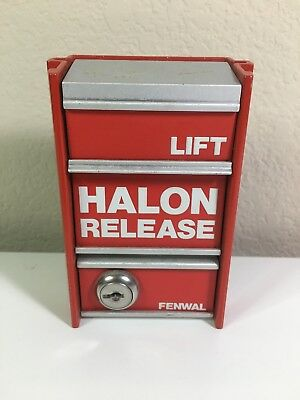 Fenwal Halon Release Pull Station Vintage Fire Alarm Used Working 29-320000-286