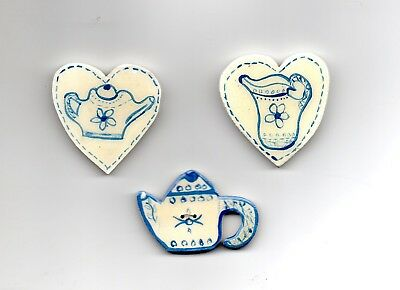 3 Lacquered Wooden Shapes,  Teapot Button,  2 Wooden Hearts,  suitable for Decor