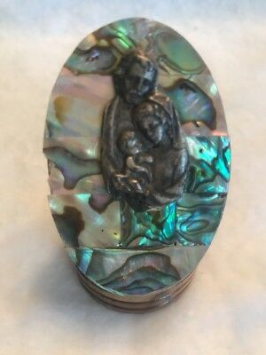 Vintage BABY JESUS MOTHER/JOSEPH BETHLEHEM HOLY LAND  Paperweight Figurine