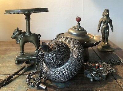 Mixed Lot Of Chinese Silver Hindu Indian Bronze Tibetan Lamps Statues