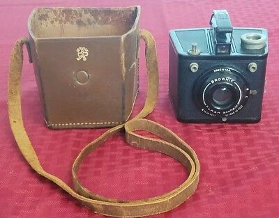 Vintage KODAK Brownie Flash Six - 20 6-20 Camera With Leather Case FAST SHIP