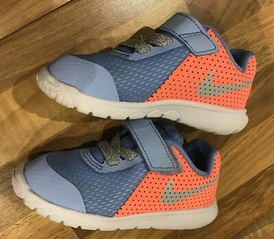 ❤️NIKE Baby Girls Trainers Blue Coral Infant Toddler Size UK 5.5❤️