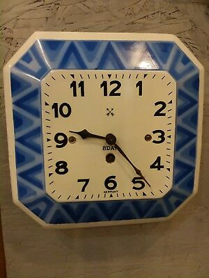 """Antique German """"hac"""" (Junghans) 1910's Porcelain Wag On The Wall Kitchen Clock."""