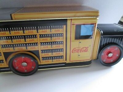 1997 Coca Cola Coke tin Delivery Truck, moving wheels nice condition !