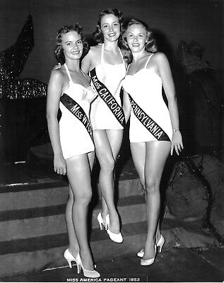 "1953 MISS AMERICA ""Evelyn Aye"" b/w candid classic photo (Celebrities)"