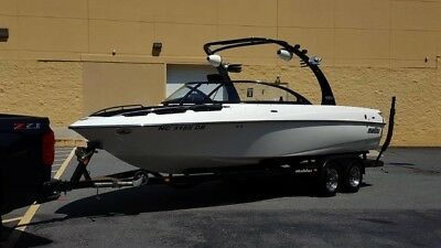 2005 Malibu Wakesetter 23' Lsv*841 Hrs*look Runs Great*fresh Water Fin Available