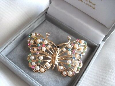 BUTTERFLY BROOCH bouquet bridal wedding gift seed pearl bug present new
