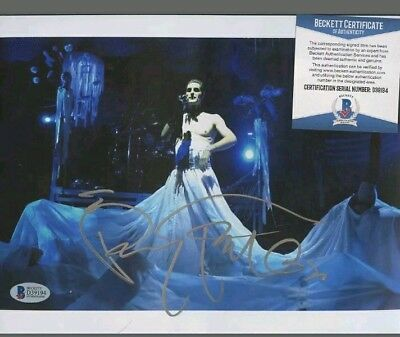 BGS BAS Perry Farrell Jane's Addiction Signed 8x10 Photo Silver Ink Beckett