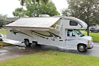 2010 Jayco Greyhawk w/ Slideout Ford E450 NEW UPHOLSTERY & Mattress