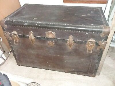 Antique trunk - With hat box and tray