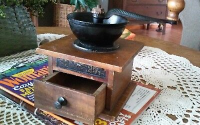 Antique Favorite Coffee Mill No. 257 by Arcade