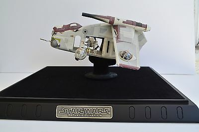CODE 3 STAR WARS Diecast Republic Gunship