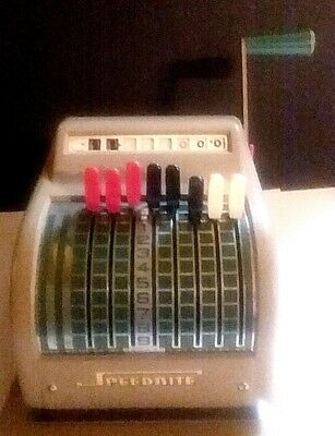 """Vintage The Speedrite """"900"""" Check Writer With The Original Cover By Hall Welter"""