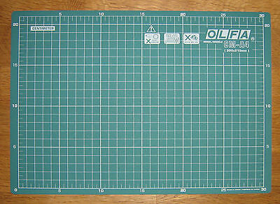 "A4 OLFA Cutting Mat CM-A4 12"" X 8"" Ideal for Cutting Fabric Leather Paper"
