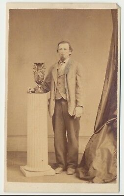 1860s Civil War Era Fashion Antique CDV Photo Full Standing Gentleman Reading PA