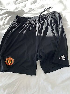 manchester united home shorts 2018/19 large brand new