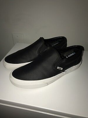 d1953d43dd3b VANS SLIP ON Perf Leather Black Shoes Men s 10.5 -  22.99