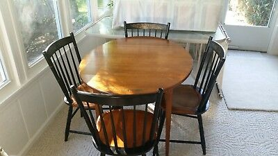 L. Hitchcock Table & 4 Chairs