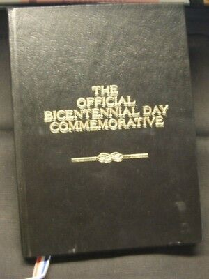JULY 4th 1976~~THE OFFICIAL BICENTENNIAL DAY COMMEMORATIVE SILVER MEDAL W/ BOOK