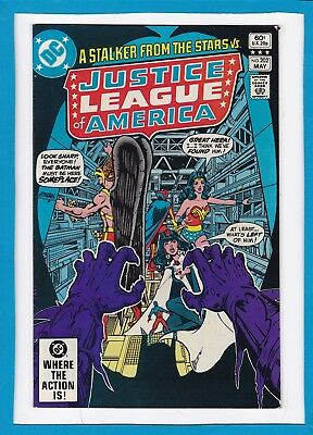"""Justice League Of America #202_May 1982_Very Good+_""""a Stalker From The Stars""""!"""