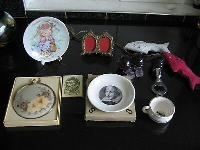 Job Lot Collectables 7 Items Photo Frame, Mini Plates, Pressed Flower Plaque + m