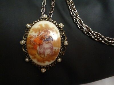 Vintage Gold Tn  Faux Pearl Beaded VICTORIAN Couple GLASS Cameo Pendant Necklace
