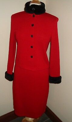 ST JOHN By MARIE GRAY Black/Red Knit Jacket & Skirt Suit Size S, 2/6 Fur Collar
