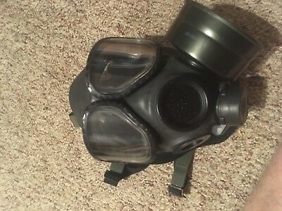 Small Army gas mask
