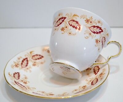 Queen Anne Bone China Red Leaf Pattern 8574 Cup And Saucer