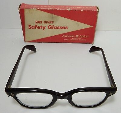 NICE VINTAGE AO AMERICAN OPTICAL SURE-GUARD brown SAFETY GLASSES IN BOX 4 1/2