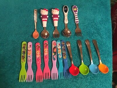 Large Lot Of 16 Plastic Metal Baby Feeding Spoons Forks