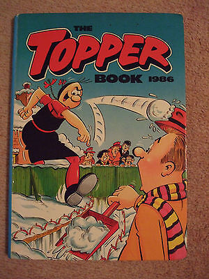 Collectable 'Topper Book 1986'. Used, good condition.
