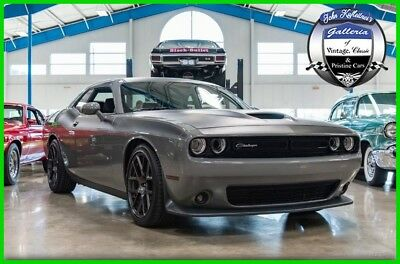 2017 Dodge Challenger T/A Plus Coupe 2017 T/A Plus Coupe Used 5.7L V8 16V Manual RWD Coupe LCD Premium