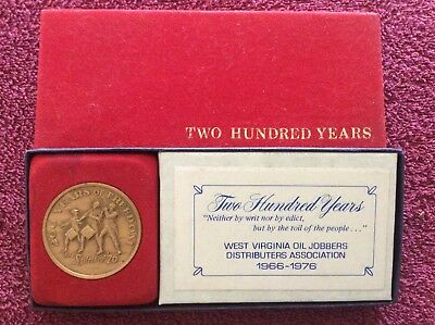 Two Hundred Years of Freedom Bronze Coin 1776-1976 WV Oil Jobbers Distributers