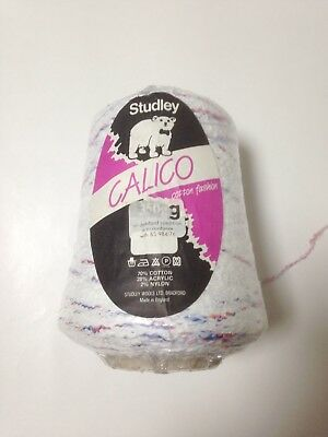 Cone Of Studley Calico Acrylic Knitting Yarn White With Blue And Red