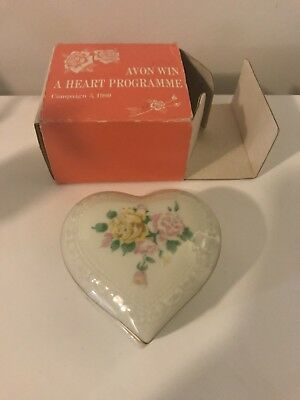 Vintage 1980 Avon Win A Heart Programme - Heart Shaped Trinket Dish In Box
