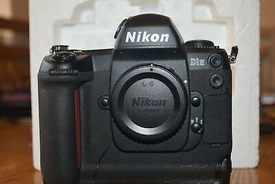 "Nikon D1H Digital camera ""body only"""