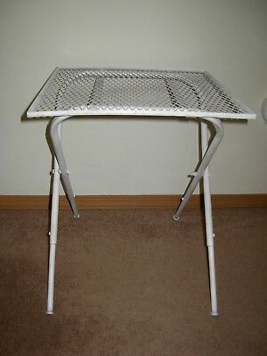 Chic Shabby Retro Mod Vtg Folding Metal Mesh Side Patio Table Mid Century Modern