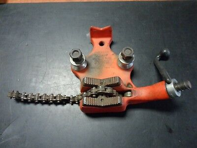 """Ridgid BC-410 Bench Chain Pipe Vise, 1/8""""- 4"""" Capacity, with Pipe Bending Spools"""