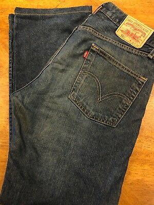Levis 501 W32 L34 - Awesome Used Condition!
