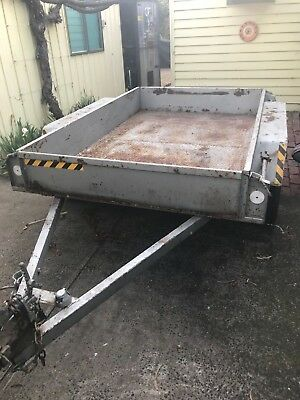 Tandem plant trailer 8x5 with checker-plate floor.