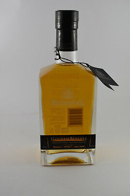 No 1307 Bundaberg Rum Master Distillers Golden Reserve Signed