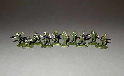 MICRO MACHINES MILITARY - 10 GREEN SOLDIERS figures lot - troops