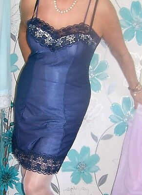 Stunning Vintage Ultra Femme Shiny Blue Nylon Lacy Full Slip. Shapely Lady.xl