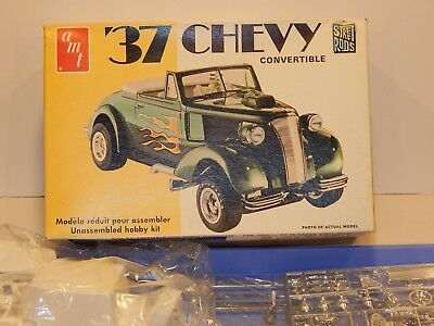 Vintage AMT 1937 Chevy Convertible 3 in 1 Model Kit  Street Rod Series