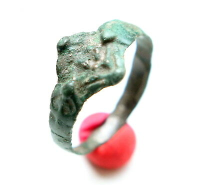 Medieval Horned Ornament Bronze Finger Ring (MAY02)