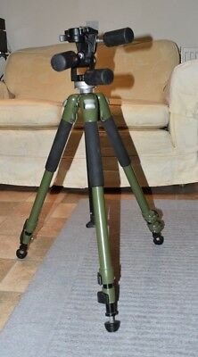 Manfrotto 190 NAT tripod in green with Manfrotto 141RC three-way head