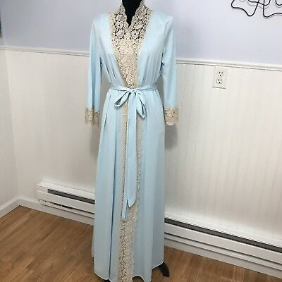 Vintage Vanity Fair 1970's Blue With Lace Robe And Nightgown Peignoir Set Antron